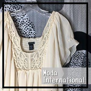 MODA INTERNATIONAL • Flowy Baby Doll Tube Top